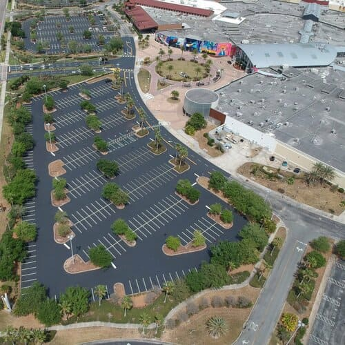 The parking lot at Dezerland Park Orlando after the improvement done by D & C Parking lot Maintenance